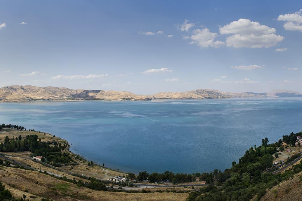 Caspian Sea (Hazar Gölü), Güneydoğu Avrupa ve Güneybatı Asya