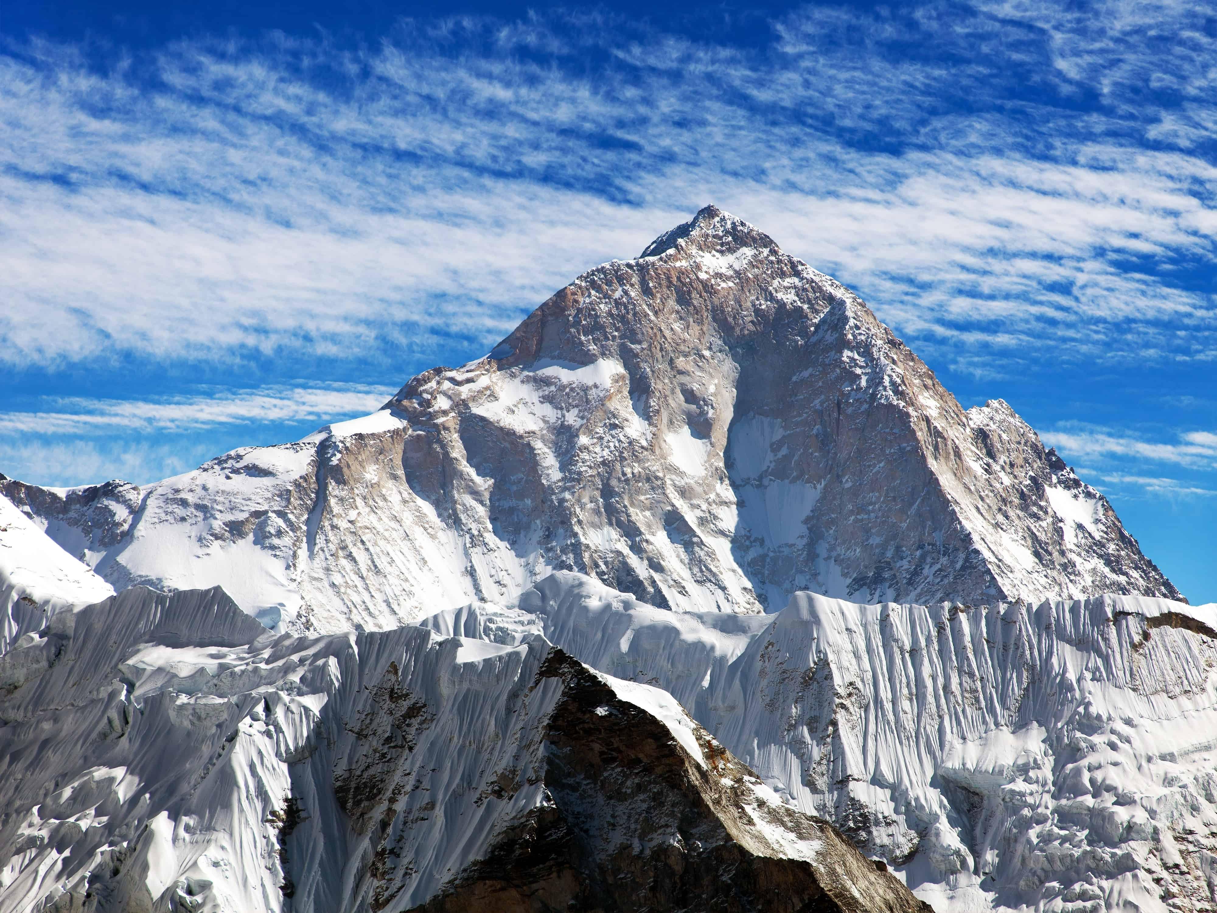 Makalu (Makalu Dağı),8,485 metre, Çin-Nepal, Asya