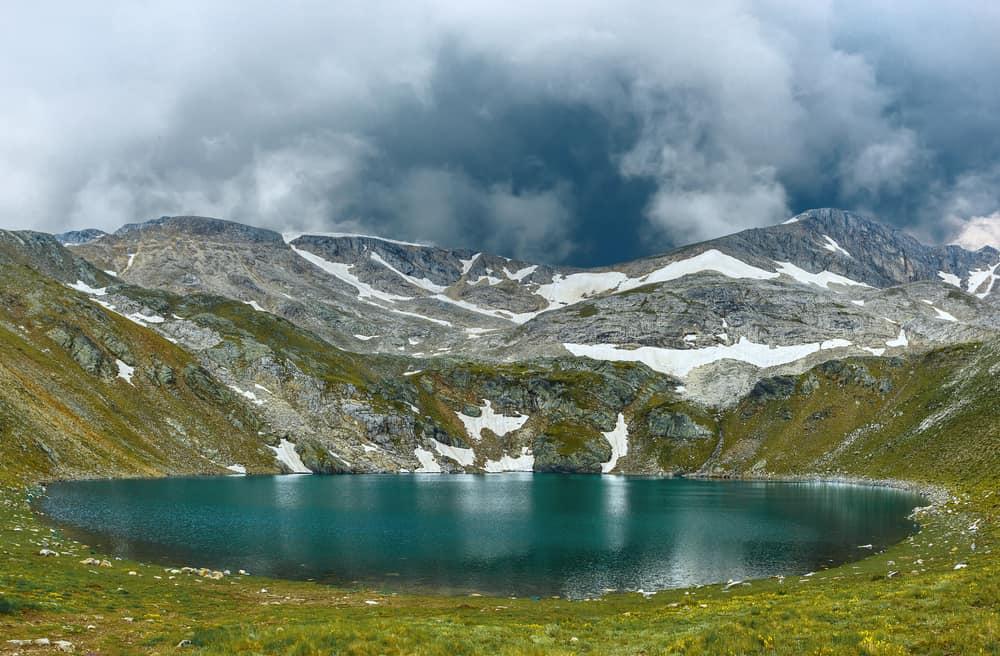 aynalık göl