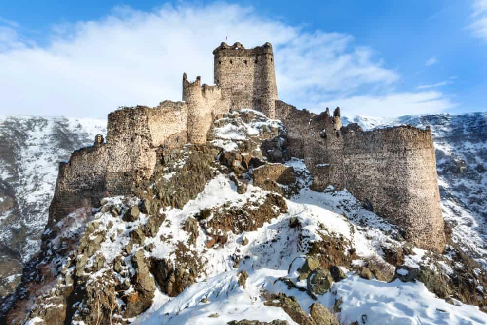 Kars'ta Gezilecek, Görülecek Yerler Kars Kalesi
