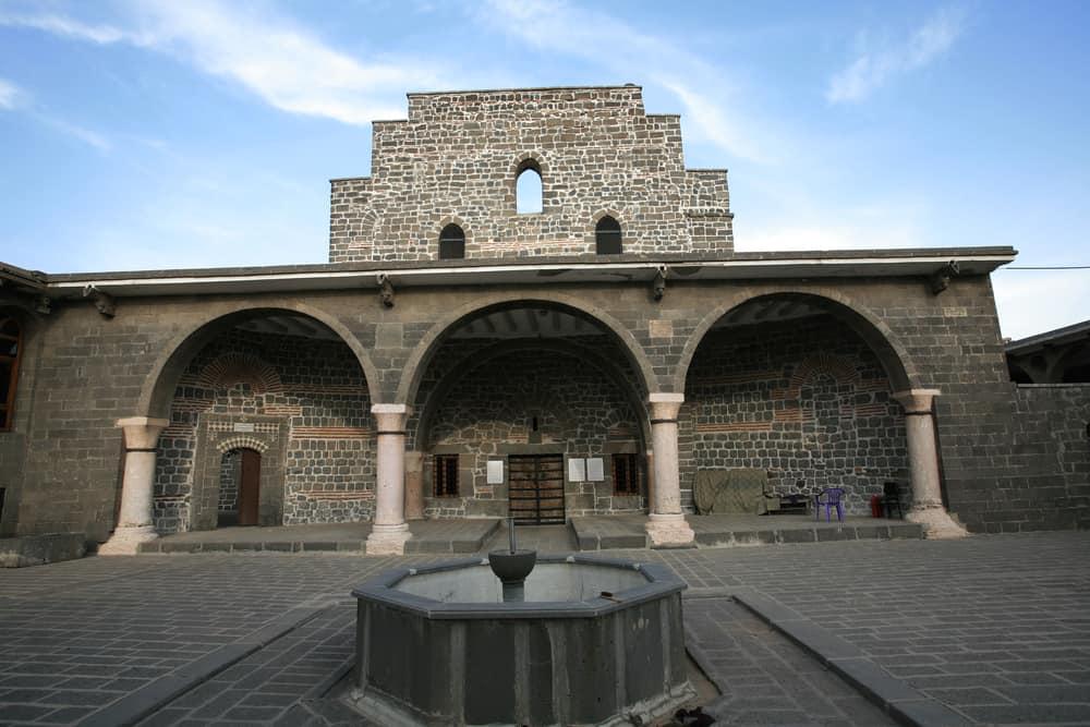 Meryem Ana Süryani Kadim Kilisesi Diyarbakır