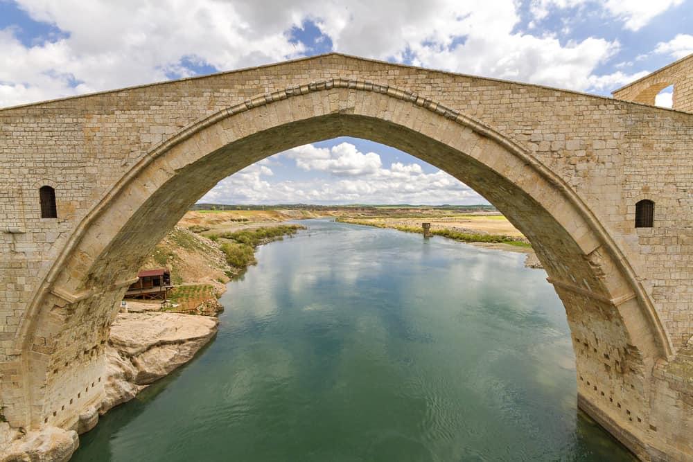 Malabadi Köprüsü Diyarbakır