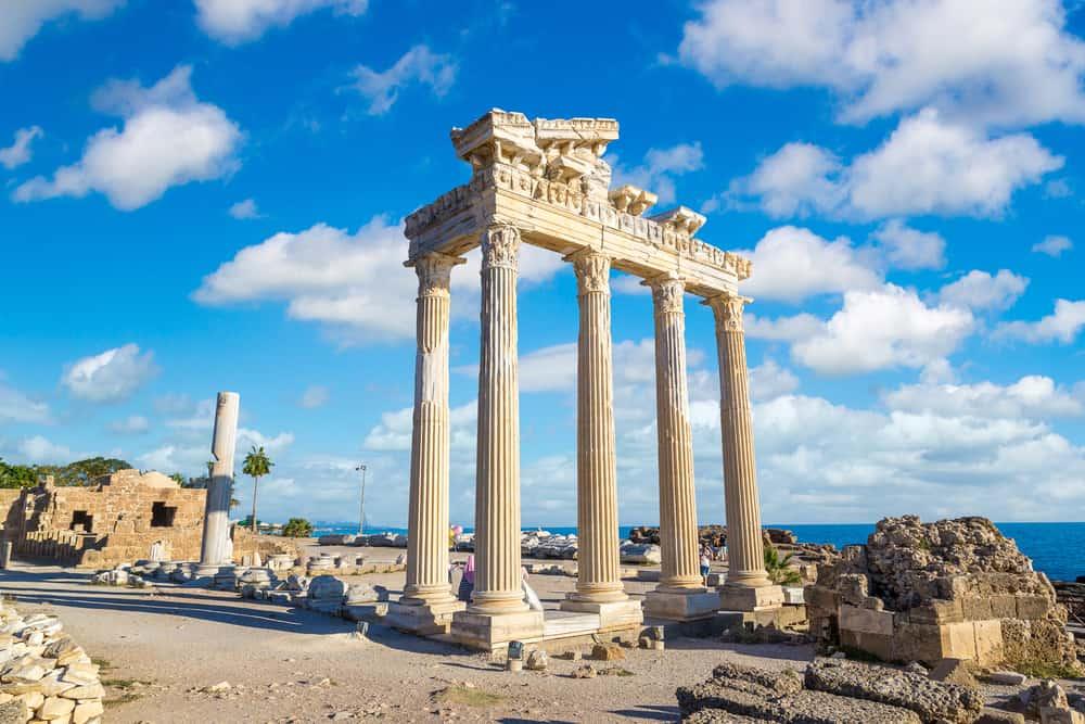 Side Apollon Tapınağı