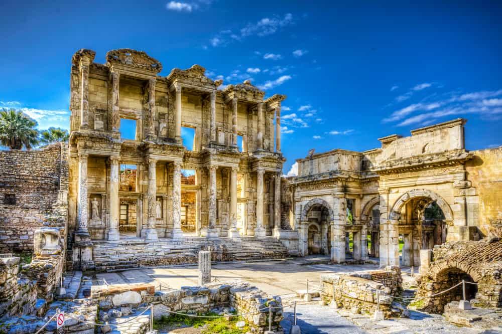 Celcius Kütüphanesi Efes