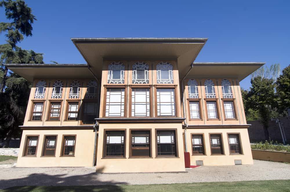 Aynalıkavak Kasrı ve Rahmi Koç Müzesi Beyoğlu