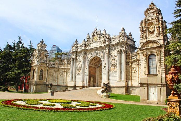 Dolmabahçe Sarayı (2)