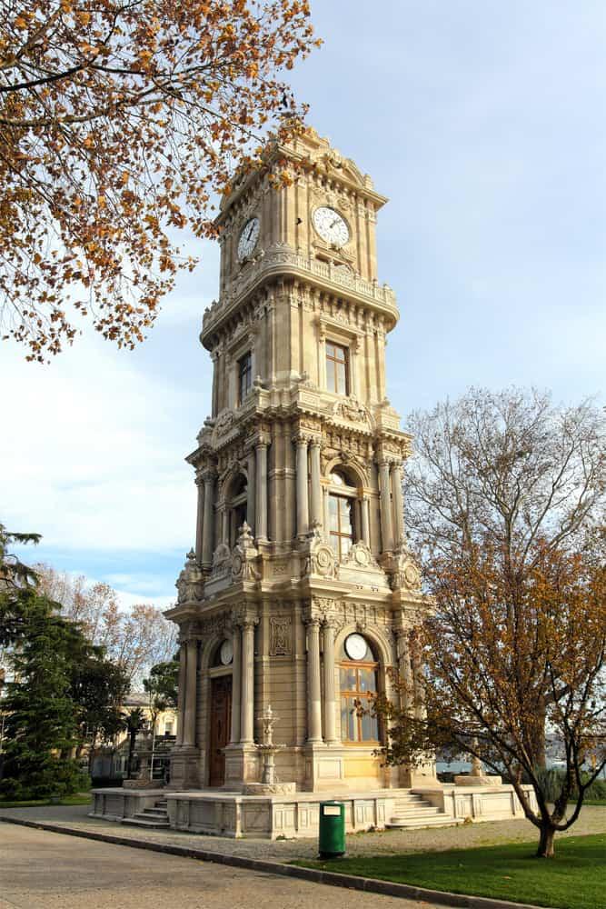 Dolmabahçe Saat Kulesi Beşiktaş