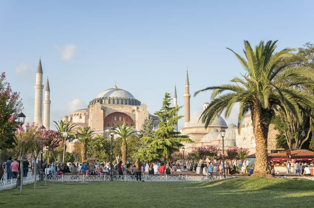 Sultanahmet Meydanı ve Ayasofya