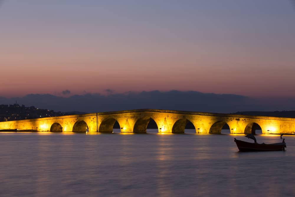 Büyükçekmece'de Gezilecek Yerler Kanuni Sultan Süleyman Köprüsü
