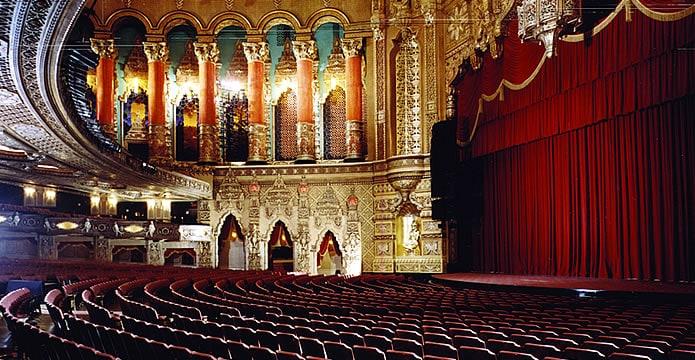Fox Theatre İçi