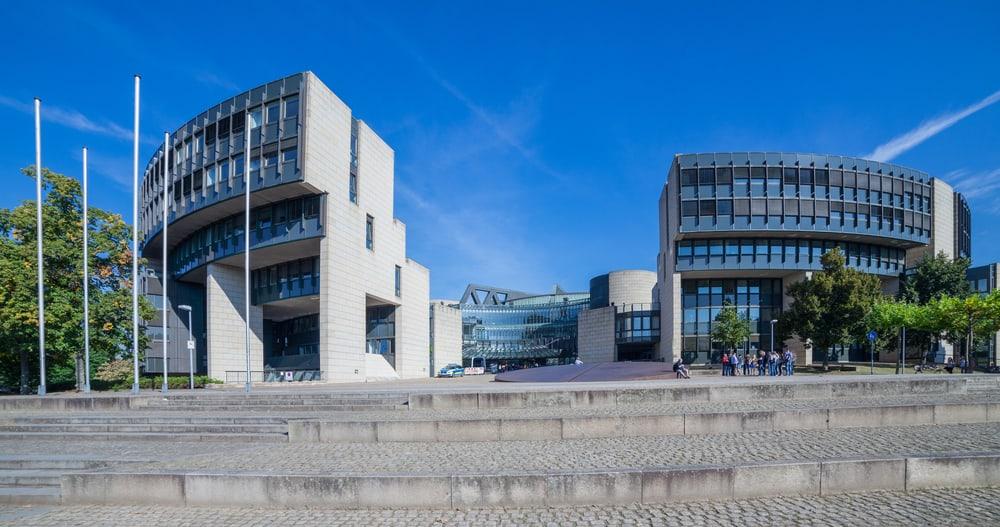 Düsseldorf Parlamento Binası