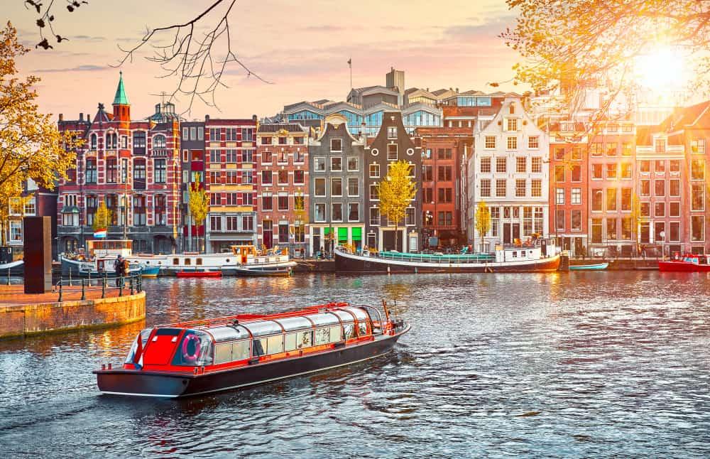 Hollanda Amsterdam Kanalları