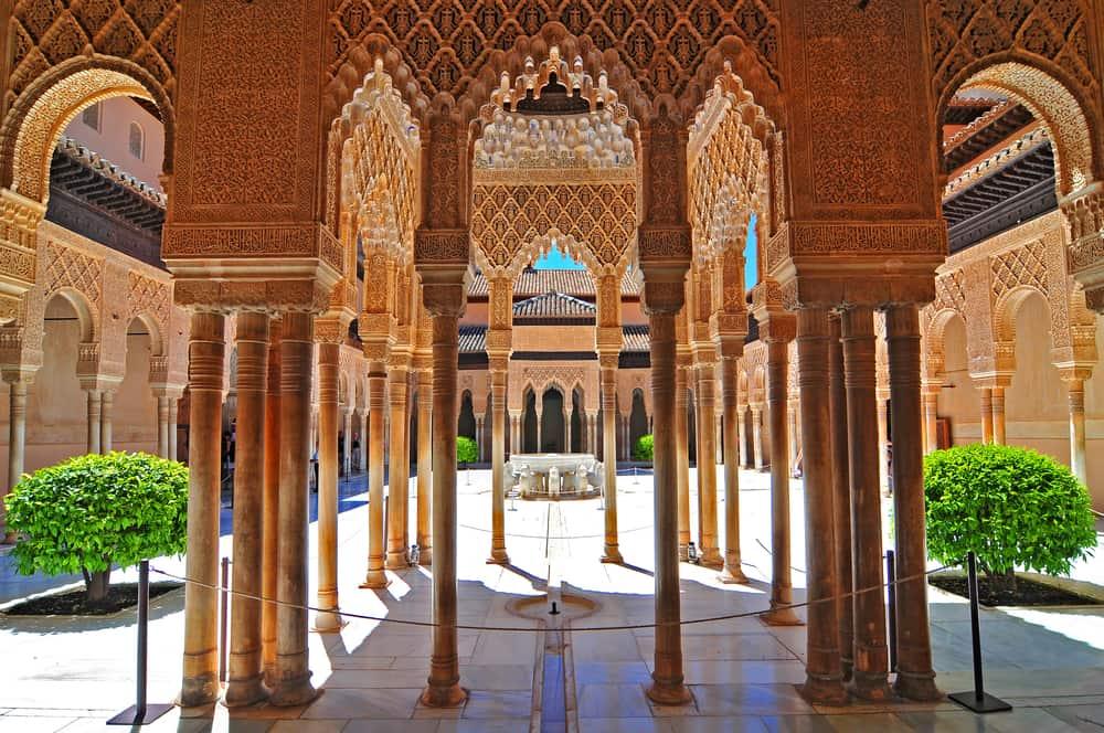 El Hamra Sarayı, İspanya