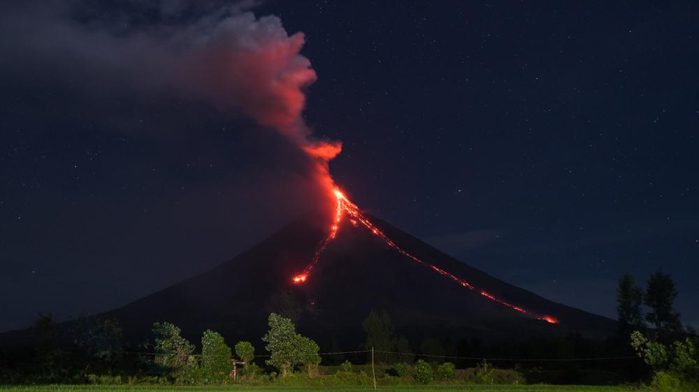 Mayon Yanardağı