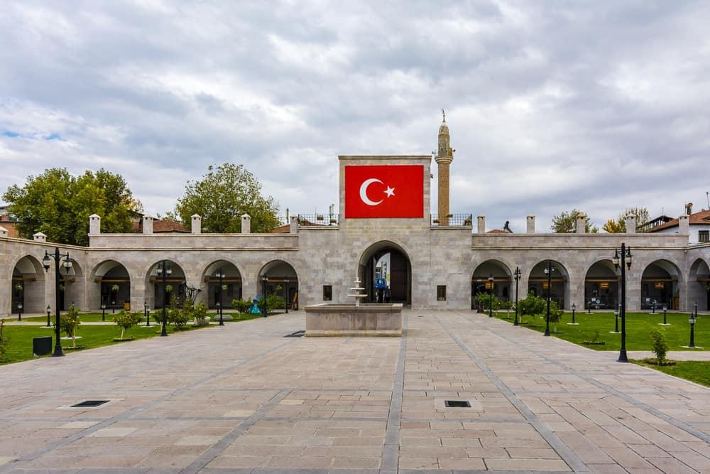 Silahtar Mustafa Paşa Kervansarayı