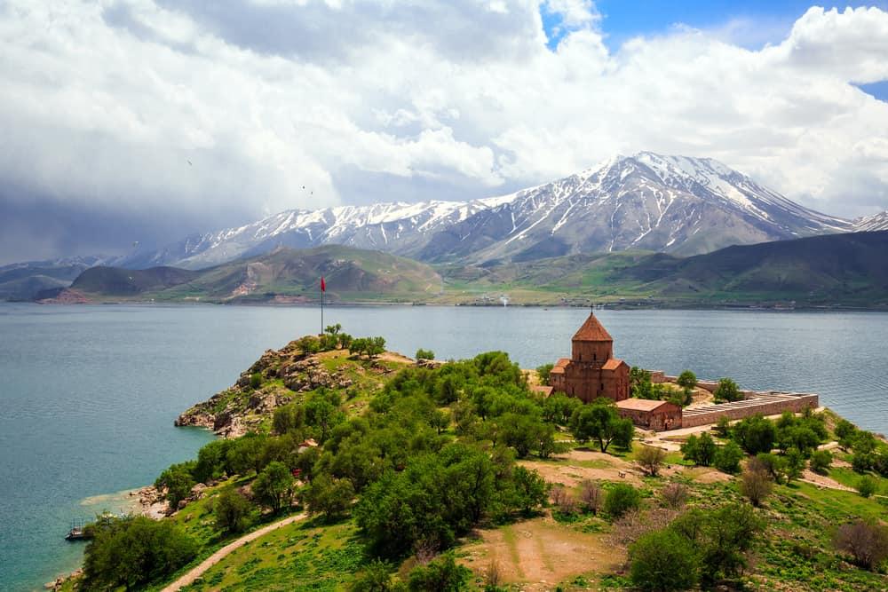Van Gölü- Van Doğu Ekspresi