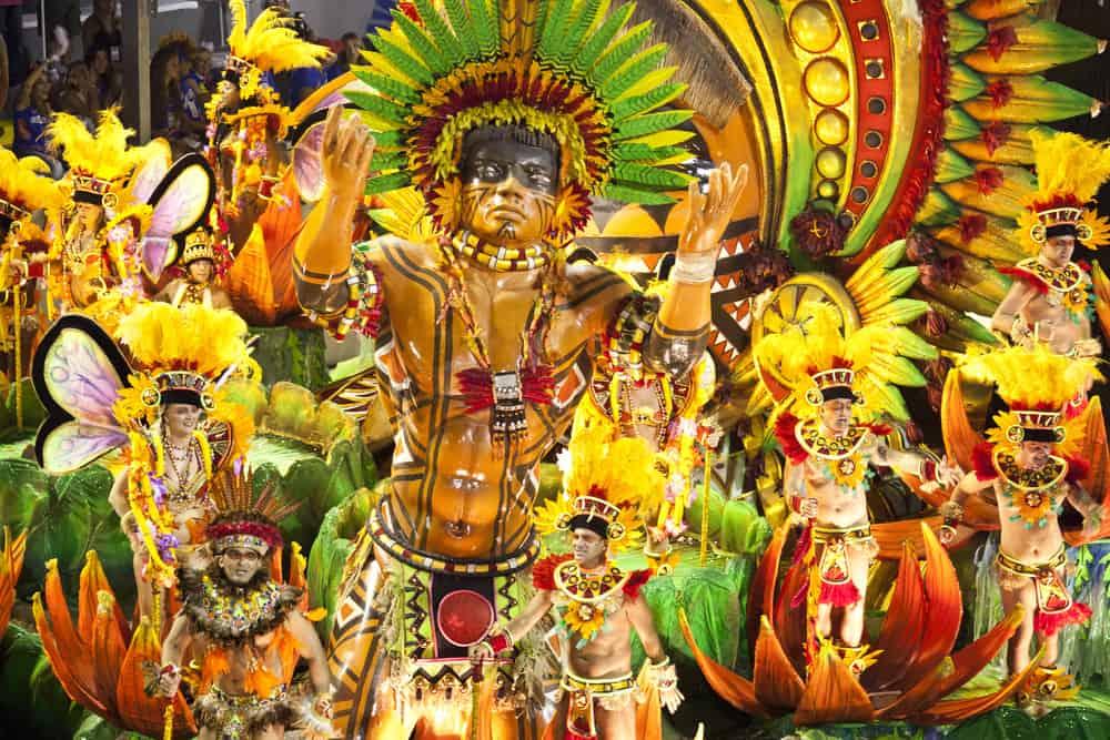 Rio Karnavalı'nda Dans ve Müzik