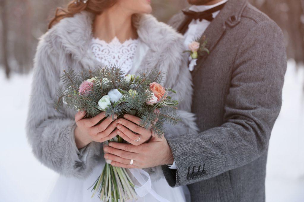 Balayı, Romantik. Yurt Dışında Evlenme