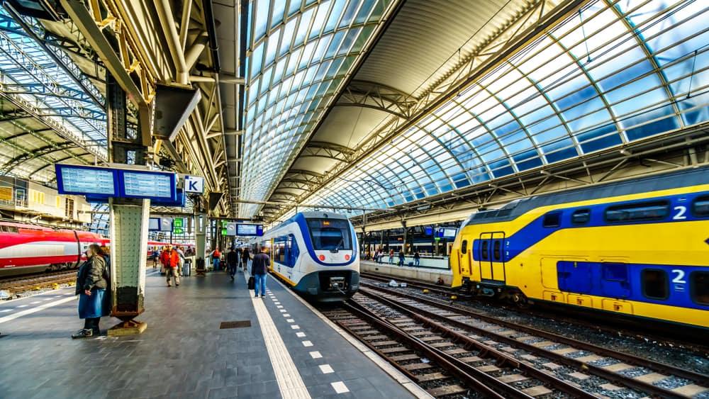 Amsterdam Merkez İstasyonu