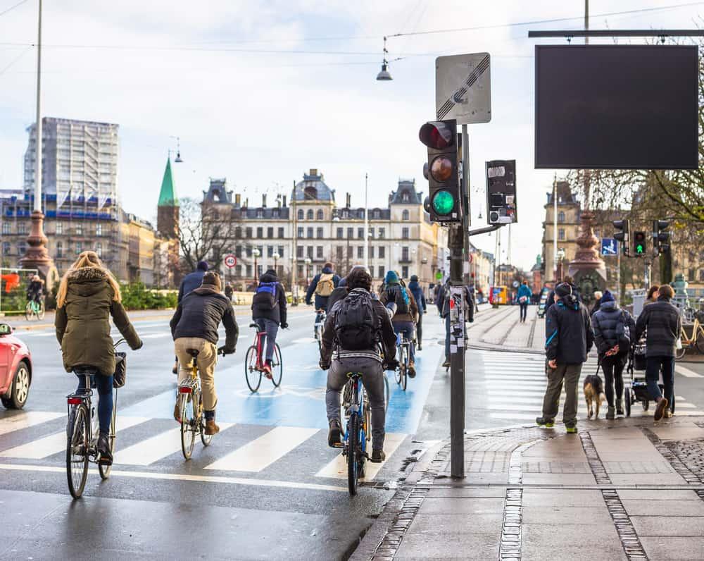 Kopenhag'a Ulaşım, Nasıl Gidilir? & Şehir içi Ulaşım İmkânları. Kopenhag Bisiklet