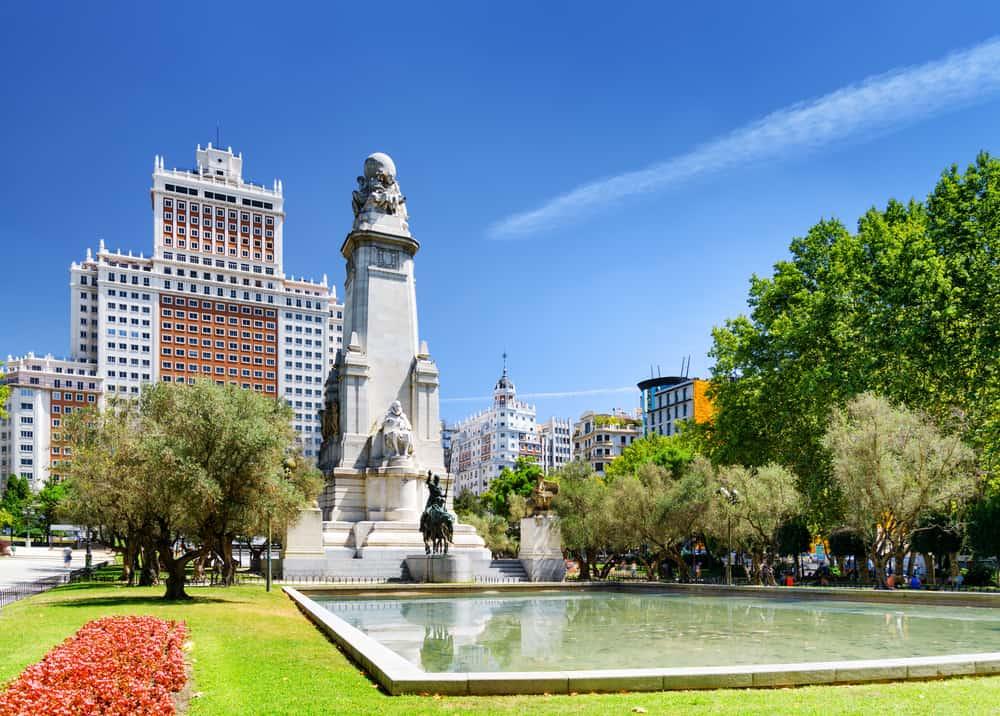 Plaza De Espana (İspanya Meydanı) Madrid