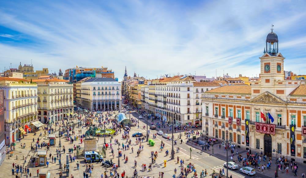 Puerta Del Sol (Sol Meydanı) Madrid