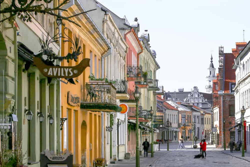 Laisvės Alėja Yolu Kaunas, Litvanya