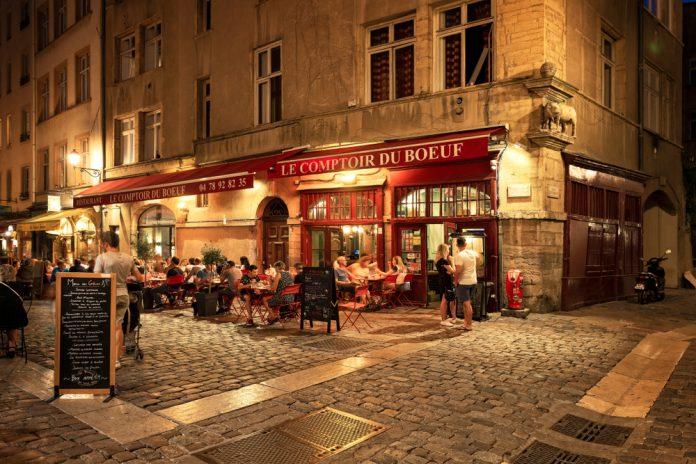 Lyon Sokaklarındaki Restoranlar