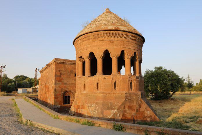 Ahlat Selçuklu Mezarlığı Bitlis