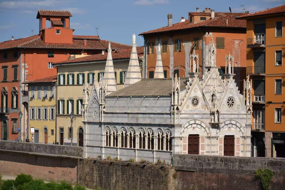 Santa Maria della Spina Pisa İtalya