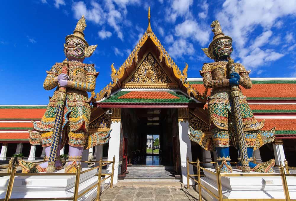 Zümrüt Buda Tapınağı (Wat Phra Kaew) Bangkok Tayland