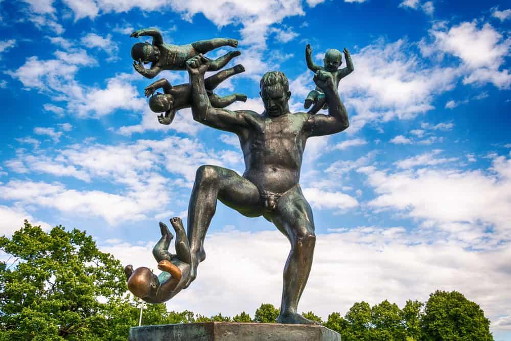 Vigeland Heykel Parkı Oslo Norveç