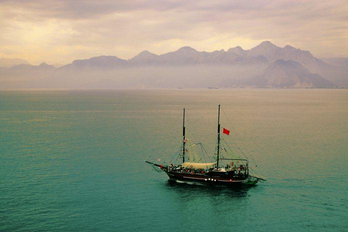 Türkiye'nin En İyi Tekne Turu Rotaları