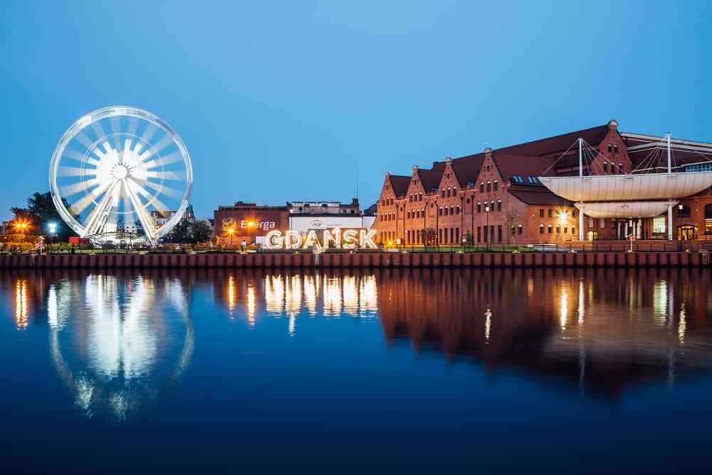 AmberSky Dönme Dolabı Gdansk Polonya
