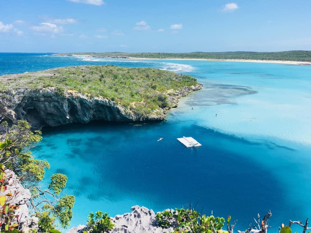 Dean's Blue Hole Bahamalar