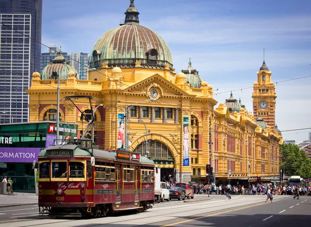 Melbourne Flinders Cadddesi Avustralya