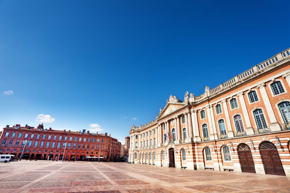Place du Capitole (Capitole Meydanı) Toulouse
