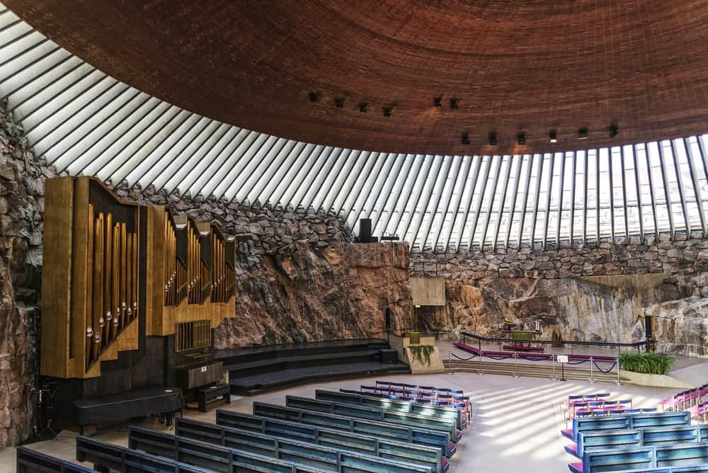 Temppeliaukio Kilisesi (Kaya Kilise)