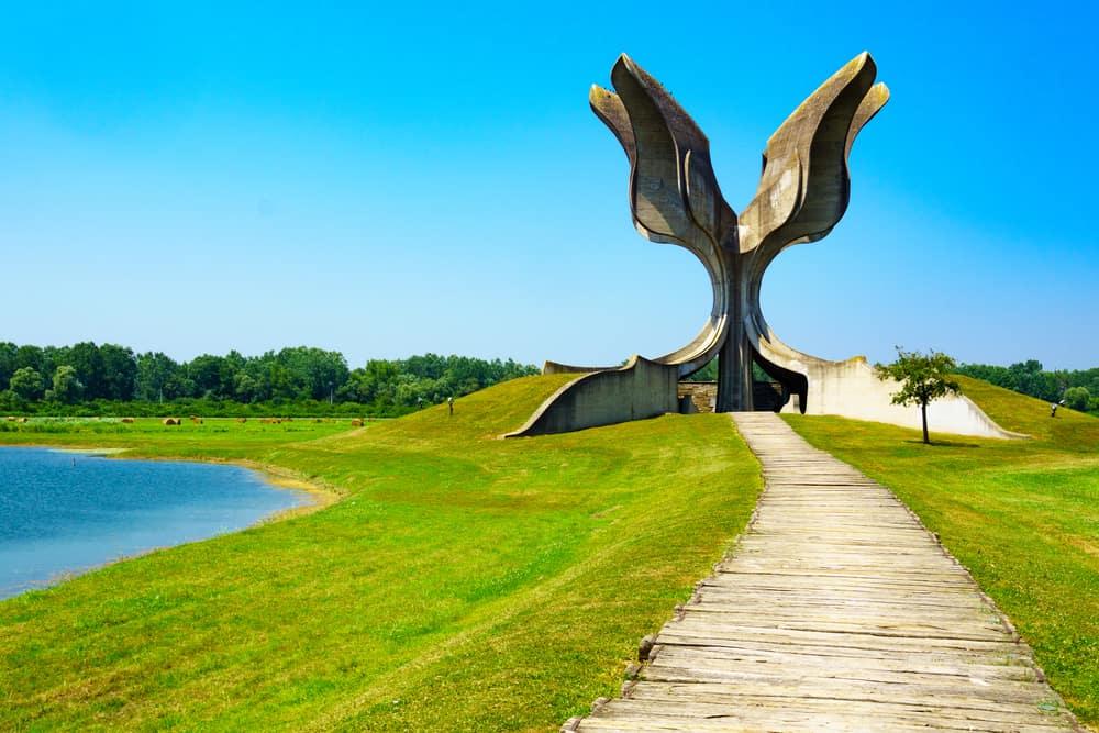 The Stone Flower Hırvatistan- Taş Çiçek Anıtı