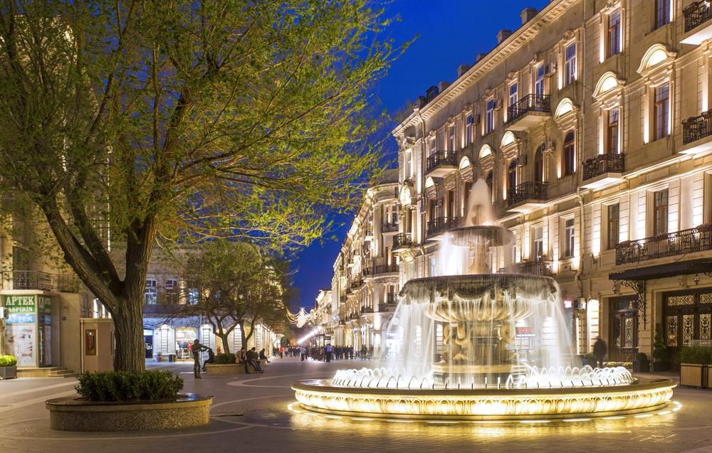 Nizami Caddesi Bakü
