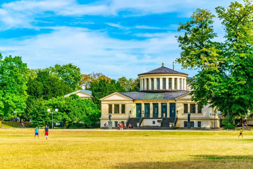 Bonn Akademik Sanat Müzesi