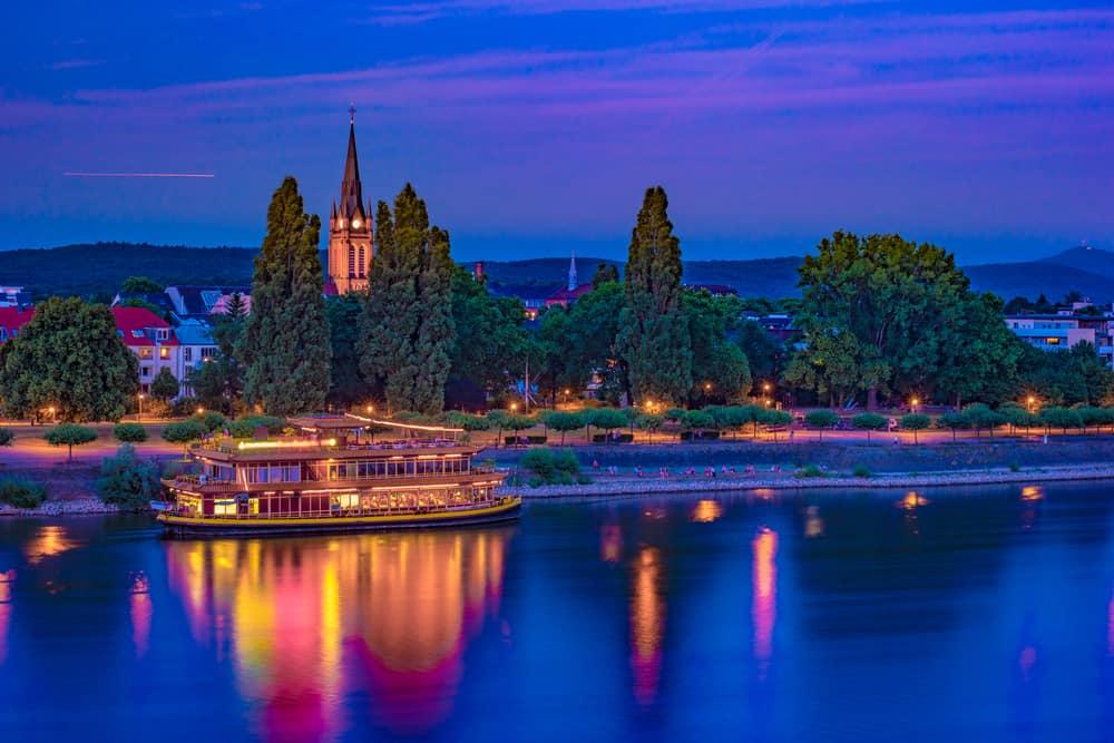 Bonn Gece