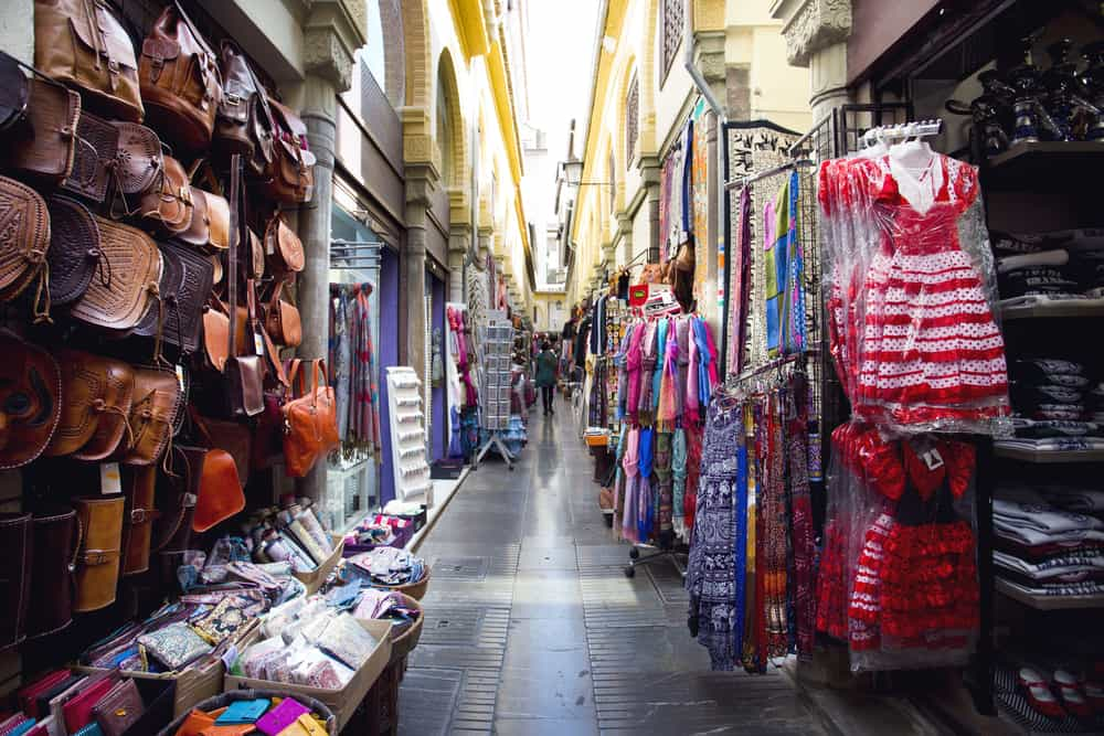 La Alcaiceria – Arap Baharat Pazarı Granada