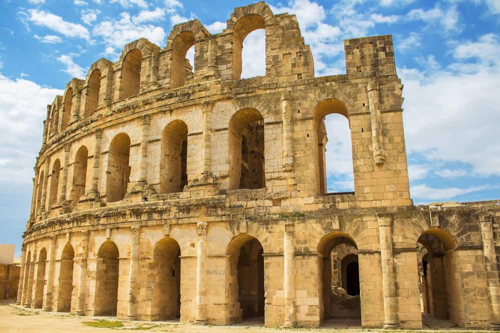 Roma Tiyatrosu, Tunus