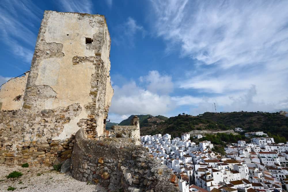 Casares Kalesi İspanya