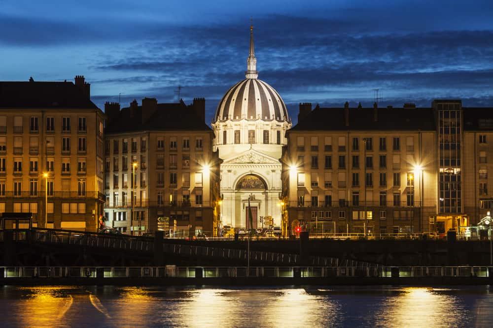 Nantes Gece Hayatı