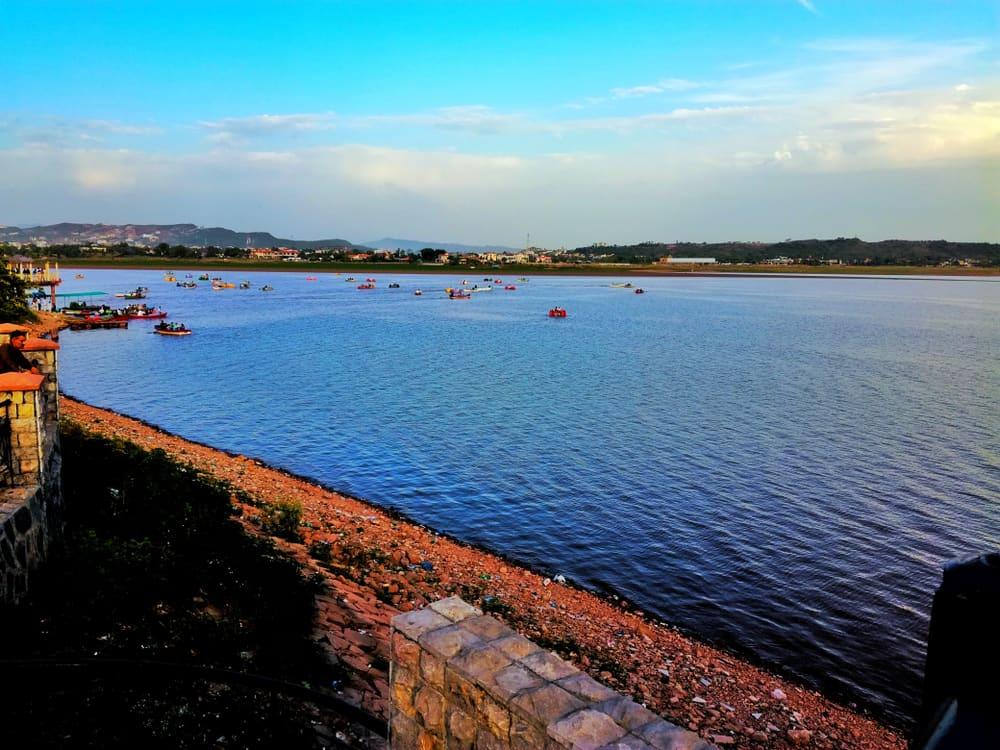 Rawal Gölü İslamabad Pakistan