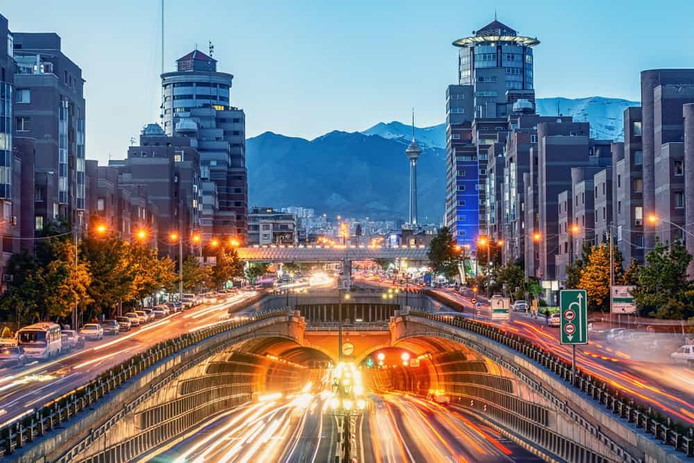 Tahran'a Ulaşım, Nasıl Gidilir? & Şehir içi Ulaşım İmkanları