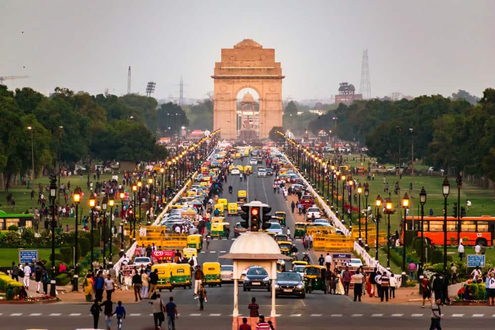 Yeni Delhi Ulaşım