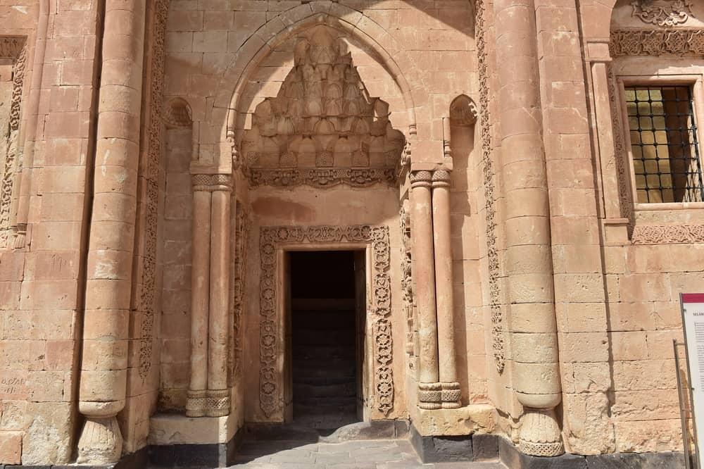 İshak Paşa Sarayı Bölümleri